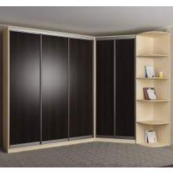 шкаф с раздвижными дверями в спальню
