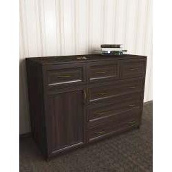 широкий комод со шкафчиком
