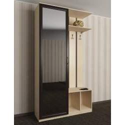малогабаритная готовая прихожая с зеркальной дверью