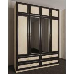 зеркальный четырехдверный шкаф