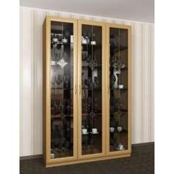 шкаф-витрина c витражным стеклом