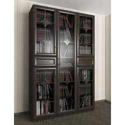 книжный шкаф со стеклянными дверцами цвета темный венге
