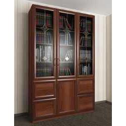 широкий витражный книжный шкаф со стеклянными дверцами