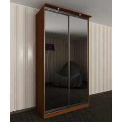шкаф с раздвижными дверями с подсветкой в гостиную