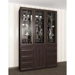 шкаф-витрина цвета темный венге